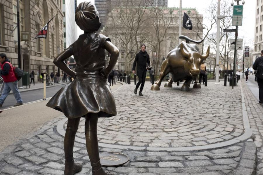 'Fearless Girl': A Q&A With the Sculptor Whose Work Has Shaken Up Wall Street